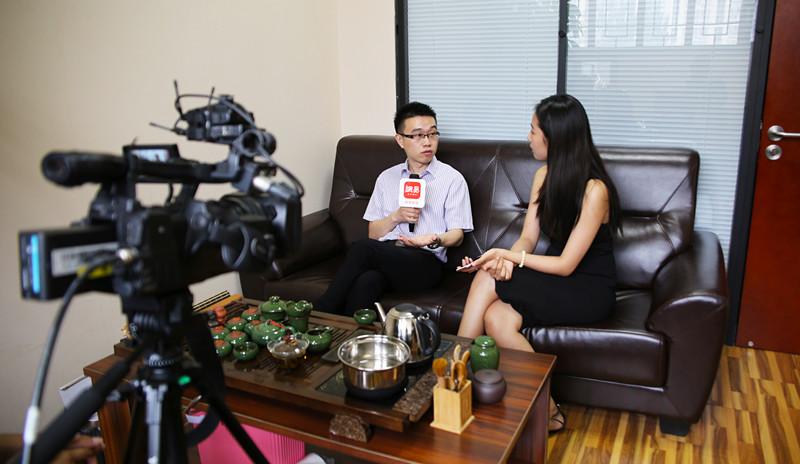 """投资移民律师封跃平提醒——获得美国绿卡前后""""离境""""的注意事项"""