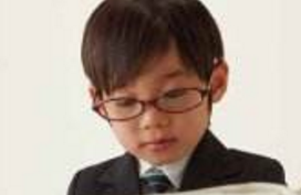适龄儿童不论视力好坏都该验光!