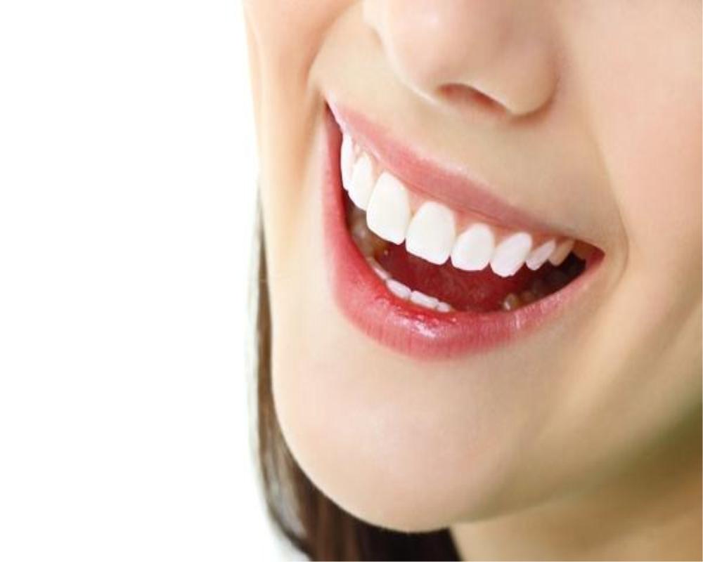 牙齿表面掉渣了怎么办?好医生牙膏希望你不要太担心!