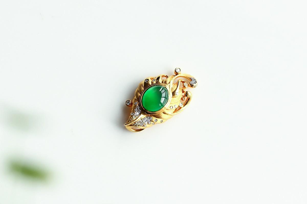 如何挑选价格优惠的翡翠戒指?