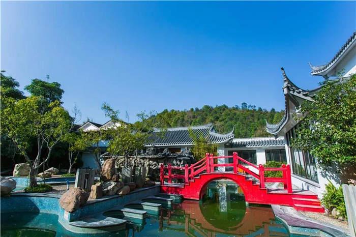 清远佛冈金龟泉温泉度假村,做水疗、泡野溪温泉、叹水木清华