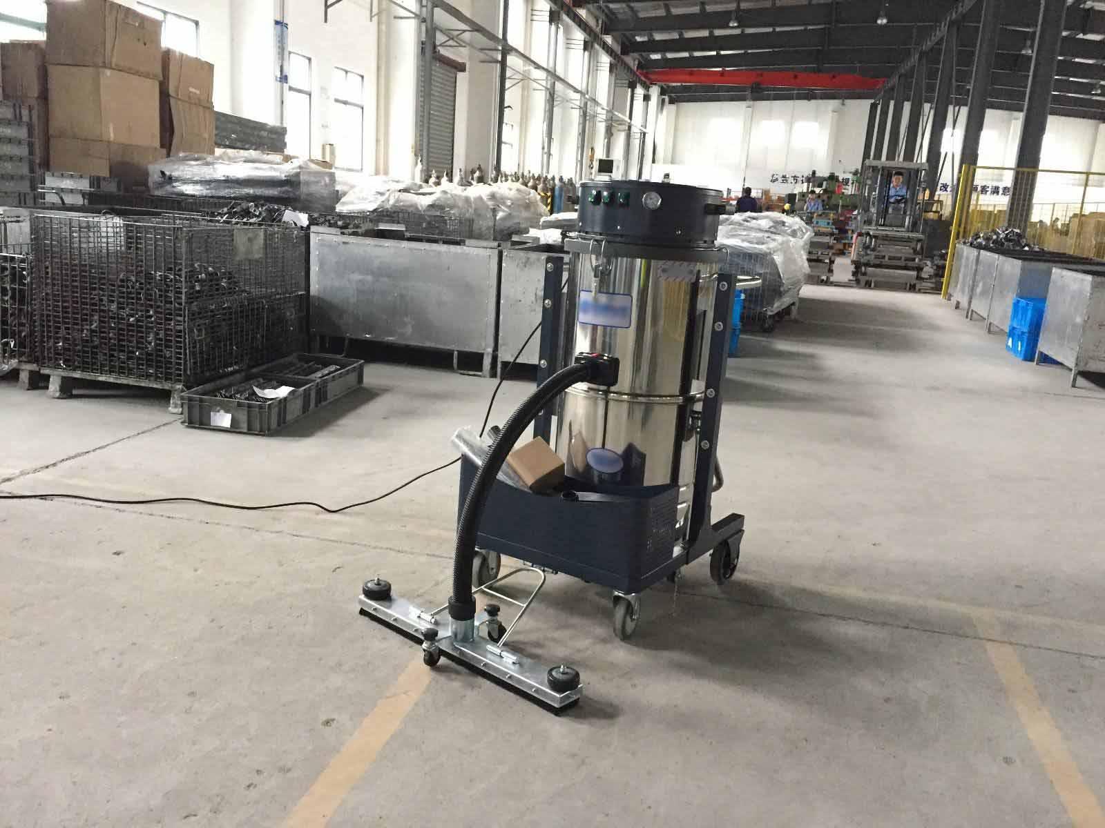 工厂应选购什么样的工业吸尘器?鑫金邦告诉你