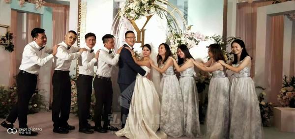 弘尚为幸福新人打造时尚婚礼
