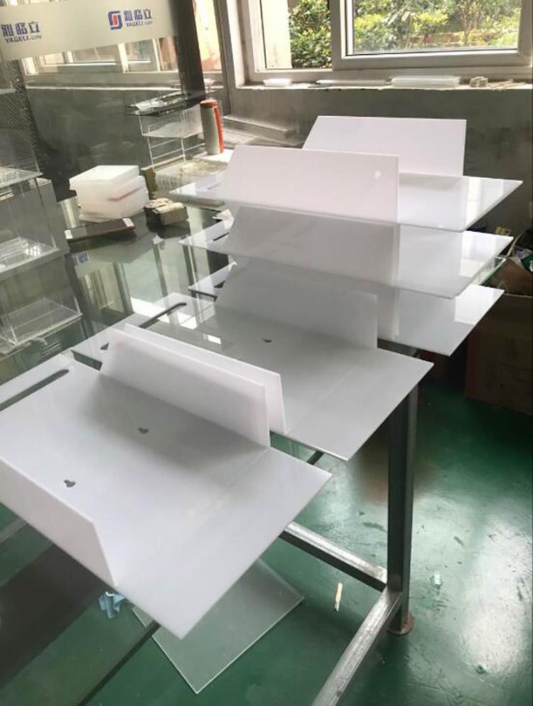 100个白色有机玻璃意见箱打木箱顺丰发香港啦