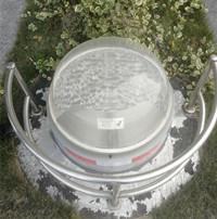 日光照明系统是如何解决发黄漏水问题的?