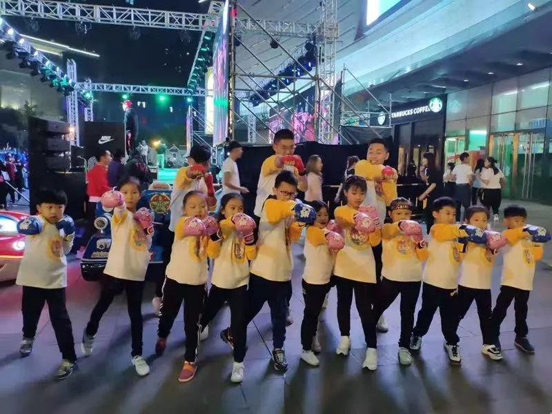 兔+熊洛阳世纪英豪&Nike盛典助孩子们开启洪荒之力