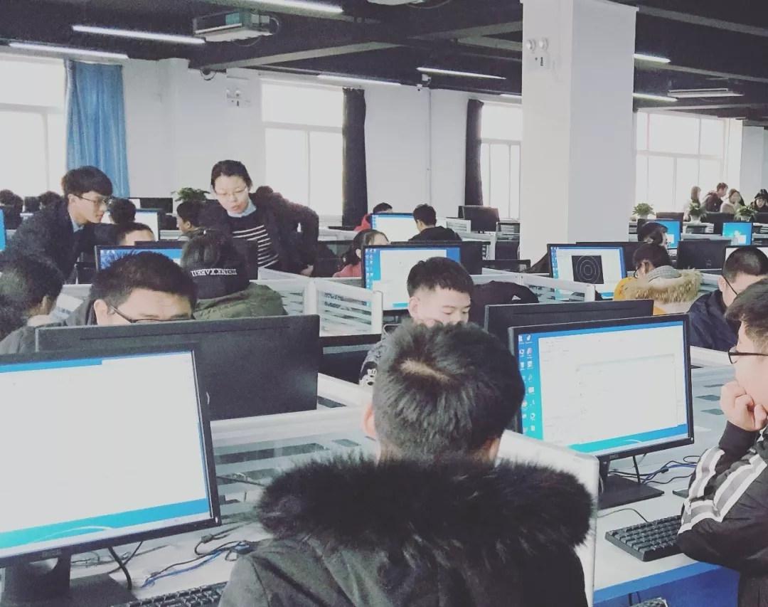 河北工程技術學院部分2018級學生到中科恒運企業班進行認知實習