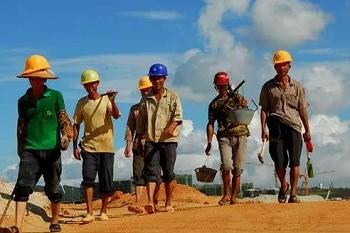 建筑工人实名制全面覆盖,农民工将何去何从?