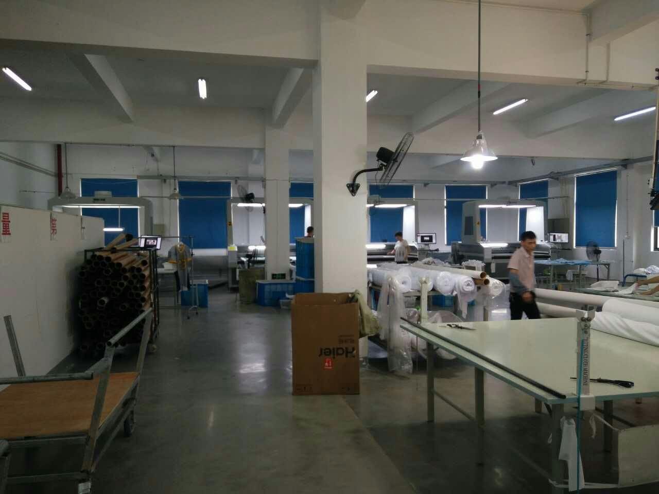 北京市数码印花服装小型激光下料机就选上海咔咻激光