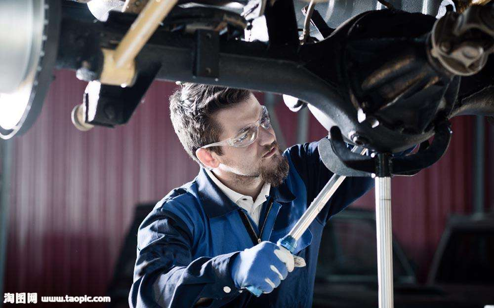 轪达汽车服务着力打造一体化的汽车资料最全的网站经营解决方案