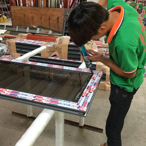 廣楓金福提供專業的門窗廠家業務