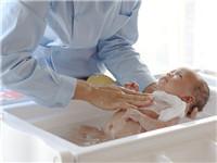 二胎开放高龄产妇增加 海口多家月子中心预订火热