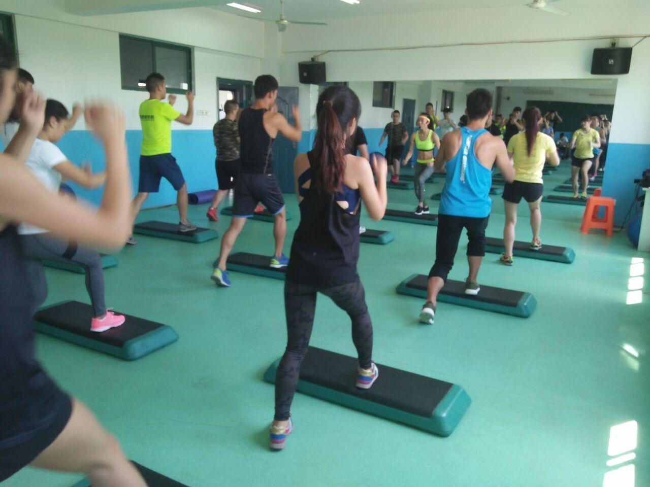 华体梦专业从事健身培训学校课程