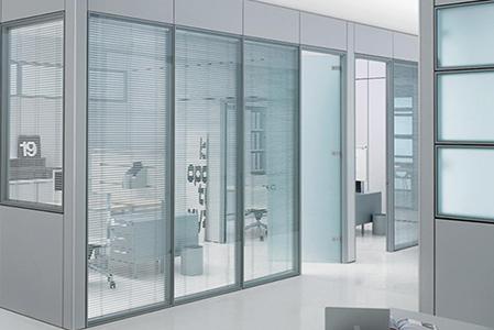 专业的单层玻璃隔断制造商,弘旭家居