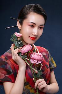 优质灌溉品牌旗袍专卖店,缔造新疆�t旗袍将来