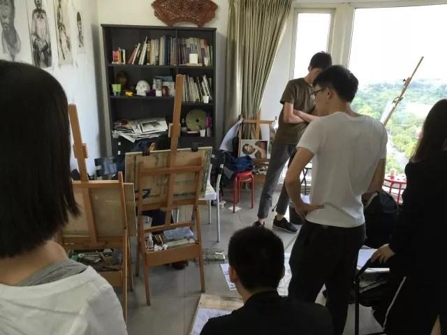 老鹰画室提供云南美术培训业务