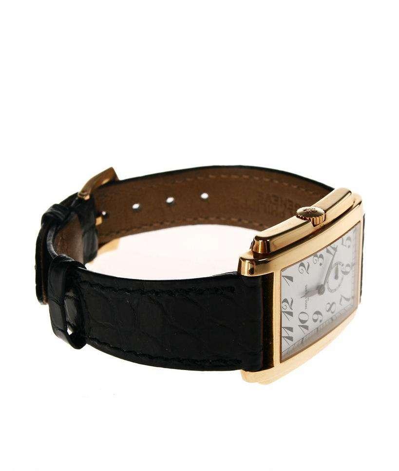 优越顺从事一比一高仿手表定制加工
