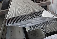 鲲鹏专业生产钢结构制造