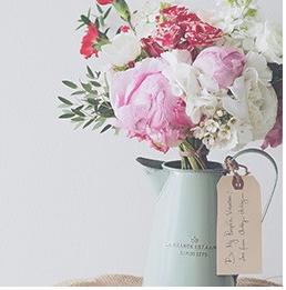 里奥斯国际文创学院专注花束插花教学课程