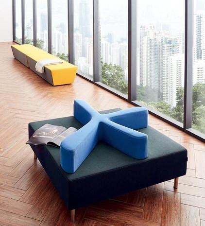 春秋家具是一家专业从事深圳办公家具厂、深圳办公茶几生产与销售的综合型企业